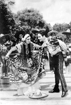 China Poblana y Charro 1910