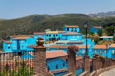 Juzcar, Spain's Blue Smurfs Village World's Most Beautiful, Beautiful Places In The World, Best Places To Travel, Places To See, Morocco Chefchaouen, Travel Around The World, Around The Worlds, Smurf Village, Thailand