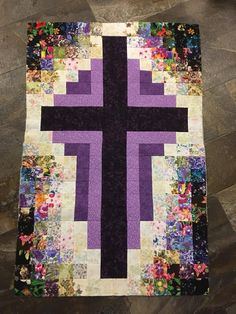 Extra Cash, Christian Crosses, Sewing Projects, Quilts, Blanket, Facebook, Quilt Sets, Blankets, Log Cabin Quilts