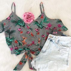 Excluir Crop Top Outfits, Lit Outfits, Basic Outfits, Summer Outfits, Fashion Outfits, Womens Fashion, Look Con Short, Indie Fashion, Alternative Outfits