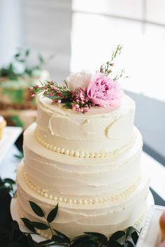 sweet wedding cake, photo by Kristen Soileau Portraits http://ruffledblog.com/pagosa-springs-wedding #weddingcake #cakes
