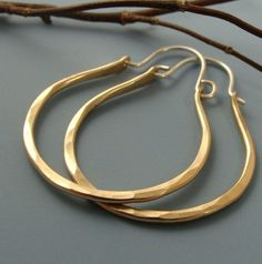 gold hoops. need to work in more gold into my style..