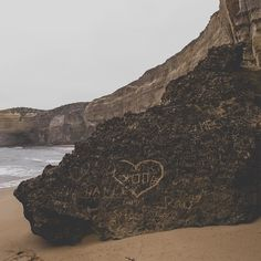 Love graffiti on the rock  GREAT OCEAN Rd    #melbourne #australia #aussie #12apostles #victoria #travelling #lategram #wild #greatoceanroad #beach #travelgram #wanderlust #travel #trip #journey #freedom #backpacker #sunset #backpack #mochilero #route #ruta #lonelyplanet #vsco #vscocam #instatravel #instagram @canon @natgeotravel @thenorthface @lonelyplanet_es @lonelyplanet by sergio.bernhardt