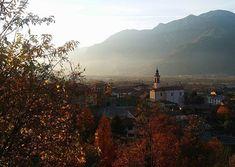 Town by a mountain.  #Artogne#versoiltramonto #buonaserataatutti #lucieombre #paesicaratteristici #sunset #landscapephotography #euwonders #visititalia #italiainunoscatto #cl_worldclub #imiglioripaesaggiitaliani #valcamonica #italy # ( shared by @antoros1972 )
