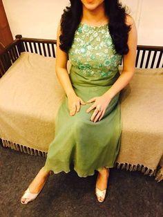 Salwar Neck Designs, Kurta Neck Design, Dress Neck Designs, Kurta Designs Women, Blouse Designs, Chudidhar Designs, Indian Designer Outfits, Designer Dresses, Designer Kurtis