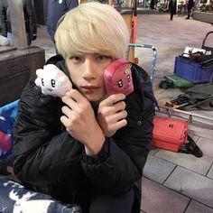 坂口健太郎 Sakaguchi Kentaro Asian Boys, Asian Men, Ken Chan, Kentaro Sakaguchi, Dont Break My Heart, Japanese Boy, Japanese Street Fashion, Japanese Artists, Actor Model
