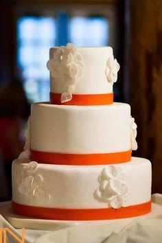 Sleek Design with accents to match her dress! Jennifer & Jeff's Wedding at Alpenglow Stube, Keystone Resort, CO. www.keystoneweddings.com | Photo By IN Photography @Michele DeVries  | Wedding Coordination By @Organically You Events