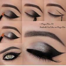 Eye Makeup Tips.Smokey Eye Makeup Tips - For a Catchy and Impressive Look Smoky Eye Makeup Tutorial, Smokey Eye Makeup, Skin Makeup, Makeup Eyeshadow, Eyeshadows, Makeup Contouring, Gray Eyeshadow, Eyeshadow Palette, Gothic Makeup Tutorial