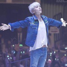 (8) #박효신 hashtag a Twitteren Shin, Hit Songs, Musical Theatre, Korean Singer, Beautiful People, Actors, Park, Parks, Musicals