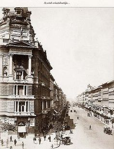 Andrássy út 1875 - Budapest - Wikipedia, the free encyclopedia Old Pictures, Old Photos, Pretty Pictures, Capital Of Hungary, Historical Architecture, Vintage Architecture, History Photos, Most Beautiful Cities, Anthropology
