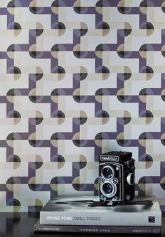 Retro fun wallpaper, love the colors.