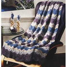 Catch the Wave Afghan in Lion Brand Homespun - 734. Discover more Patterns by Lion Brand at LoveKnitting. We stock patterns, yarn, needles and books from all of your favorite brands.