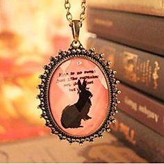Patrón del conejo de la vendimia de la forma oval del collar... – MXN $ 33.65