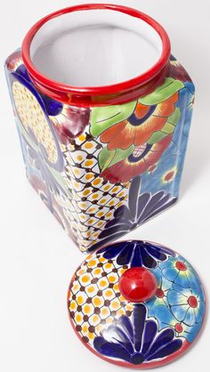 TALAVERA POTTERY CANISTER HAND PAINTED COOKIE JAR TCNL001 Mexican Interior Design, Mexican Designs, Pottery Plates, Ceramic Pottery, Barrel Cake, Paint Cookies, Talavera Pottery, Ceramic Figures, Pottery Designs