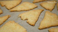 Rýchle syrové krekry (videorecept) - recept | Varecha.sk Cookies, Desserts, Food, Basket, Crack Crackers, Tailgate Desserts, Deserts, Eten, Cookie Recipes