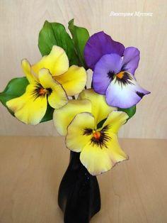 sugar flowers pansy