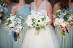 Bridesmaid bouquet colors