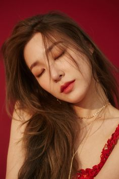 "Tiffany Hwang, also known as Tiffany Young is an American singer, well known as a member of the Korean band ""Girls' Generation"". Sooyoung, Seohyun, Tiffany Girls, Snsd Tiffany, Tiffany Hwang, Girls' Generation Tiffany, Girls Generation, Kpop Girl Groups, Kpop Girls"