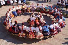 "Hungarian folk dance A ""szer"" Vintage Costumes, Vintage Outfits, Hungarian Dance, Everybody Dance Now, Polish Folk Art, Partner Dance, Family Roots, Folk Dance, Folk Costume"