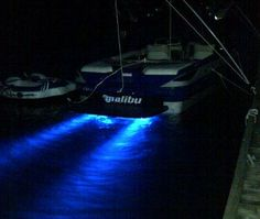 malibu boat with underwater lights