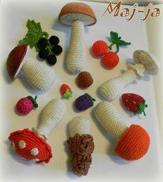 вязаные грибы: вязаный мухомор, вязаный подберезовик, боровичок, поганка
