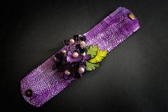 50 % OFF SALE lila Leder und Perlen Blumen Breite von julishland