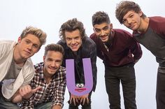 Billboard - One Direction Sing Just for U on 'Sesame Street'