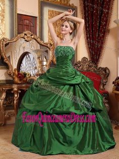 Modest Green Strapless Quinceanera Gown Dress with Appliques in Taffeta