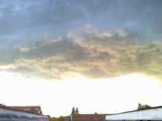 A Strange cumulonimbus base. Photo Taken from Piacenza - Italy