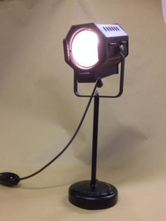 Mini spot desk light