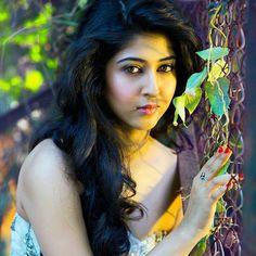 Tv Actress Images, Indian Actress Photos, Indian Long Hair Braid, Braids For Long Hair, Most Beautiful Indian Actress, Beautiful Actresses, Hot Actresses, Indian Actresses, Sonarika Bhadoria