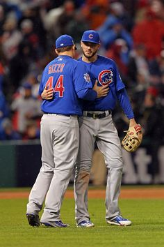 Anthony Rizzo and Kris Bryant of the Chicago Cubs celebrate defeating the Cleveland Indians in Game 2 of the 2016 World Series at Progressive Field. World Series 2016, Baseball Wallpaper, Chicago Cubs World Series, Mlb Postseason, Cubs Win, Go Cubs Go, Cubs Baseball, Mlb Teams, Sports Pictures