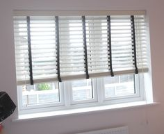 Wooden Venetian Blind with Tapes
