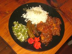 Cooking a traditional Ghanaian beef stew is a wonderful opportunity to use only the finest ingredients to produce a fiery and delicious main course. Okra, Palak Paneer, Stew, Rice, Cooking, Ethnic Recipes, Food, Kitchen, Gumbo