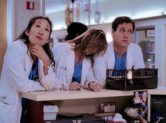 Meredith And Christina, Meredith Grey, Greys Anatomy Characters, Greys Anatomy Cast, Izzie Stevens, Hogwarts Christmas, Grey's Anatomy Wallpaper Iphone, Sandra Oh, Cristina Yang