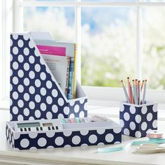 Preppy Paper Desk Acc - Navy Dottie