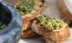 Recipes of the week: Mint pistachio pesto & spaghetti with mussels Italian Recipes, New Recipes, Vegetarian Recipes, Cooking Recipes, Favorite Recipes, Ainsley Harriott, Pistachio Pesto, Pesto Recipe, World Recipes