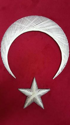Paper Embroidery, Crewel Embroidery, Arte Linear, String Crafts, String Art Patterns, Turkish Art, Best Iphone Wallpapers, Thread Art, Wood Nails