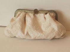Vintage bridal cluth. Bolso de novia hecho a mano. www.lolitasala.es