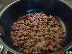 Courge butternut farcie avec bœuf, lardons, riz
