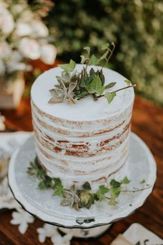 trending now! Tall Single Tier Naked cake by Ghiselani Designer Wedding Cakes Maui - Photo by couplecups.com