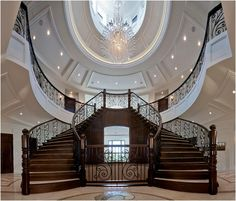 Traditional double staircase