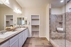 Get ready in style! New Lennar homes showcase beautiful master suites complete with spa-inspired bathrooms that will be your haven! Tucson Real Estate, Rustic Bathroom Decor, Bathrooms Decor, Spa Inspired Bathroom, New Home Construction, New House Plans, Dream Bathrooms, Imagines
