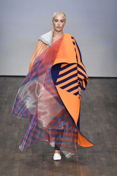 Swedish School of Textiles, University of Borås SS Pop Art Fashion, Colorful Fashion, Fashion Prints, Fashion Show, Fashion Design, University Of Boras, Concept Clothing, Textiles, Fashion Project