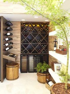 Um charme a mais na sua casa com essa adega, não acha?! #wine #vinho #cellar #adega #decoration #decoracao