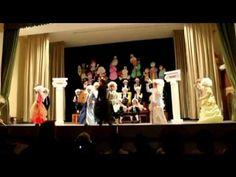 Villancico mozart con baile de esa epoca++++  y villancico final   https://www.youtube.com/watch?v=hdL1IX6zl8U#t=571