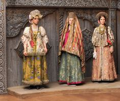 Different traditional Russian costumes Russian Folk, Russian Style, Russian Culture, Ethnic Dress, Fantasy Costumes, Russian Fashion, Little Doll, Wooden Dolls, Folk Costume