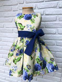 Little Dresses, Little Girl Dresses, Dresses For Teens, Girls Dresses, Summer Dresses, Party Fashion, Kids Fashion, Baby Girl Patterns, Frocks For Girls