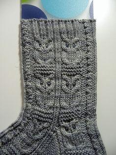 Kerrilyn's Owlie Socks Pattern: Owlie Socks by Julie Elswick Suchomel Yarn: Baah La Jolla Grey Onyx Crochet Socks, Knitting Socks, Crochet Yarn, Hand Knitting, Knit Socks, Owl Patterns, Knitting Patterns, Owl Socks, Birthday Gifts For Grandma