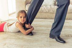 6 karakteristika for fraværende foreldre Parents, Couple, Carl Jung, Health Tips, Abs, Children, Lifestyle, Fashion, Missing Dad